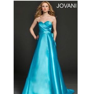 Jovani turquoise pageant prom  dress New size 4